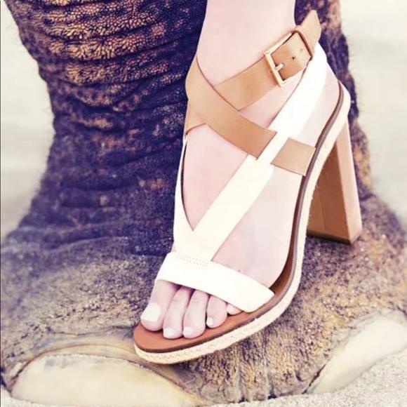 3f891dee641 Tory Burch Marbella Tan White Ankle Strap Sandals.  M 5abaf39b3b1608dcf235e1cc